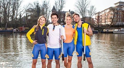A custom team rowing kit helps your rowing team bond